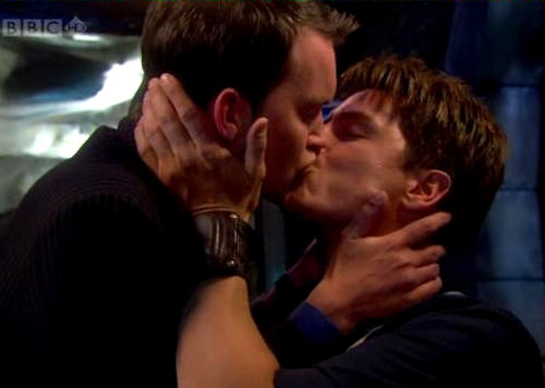 torchwood02.jpg